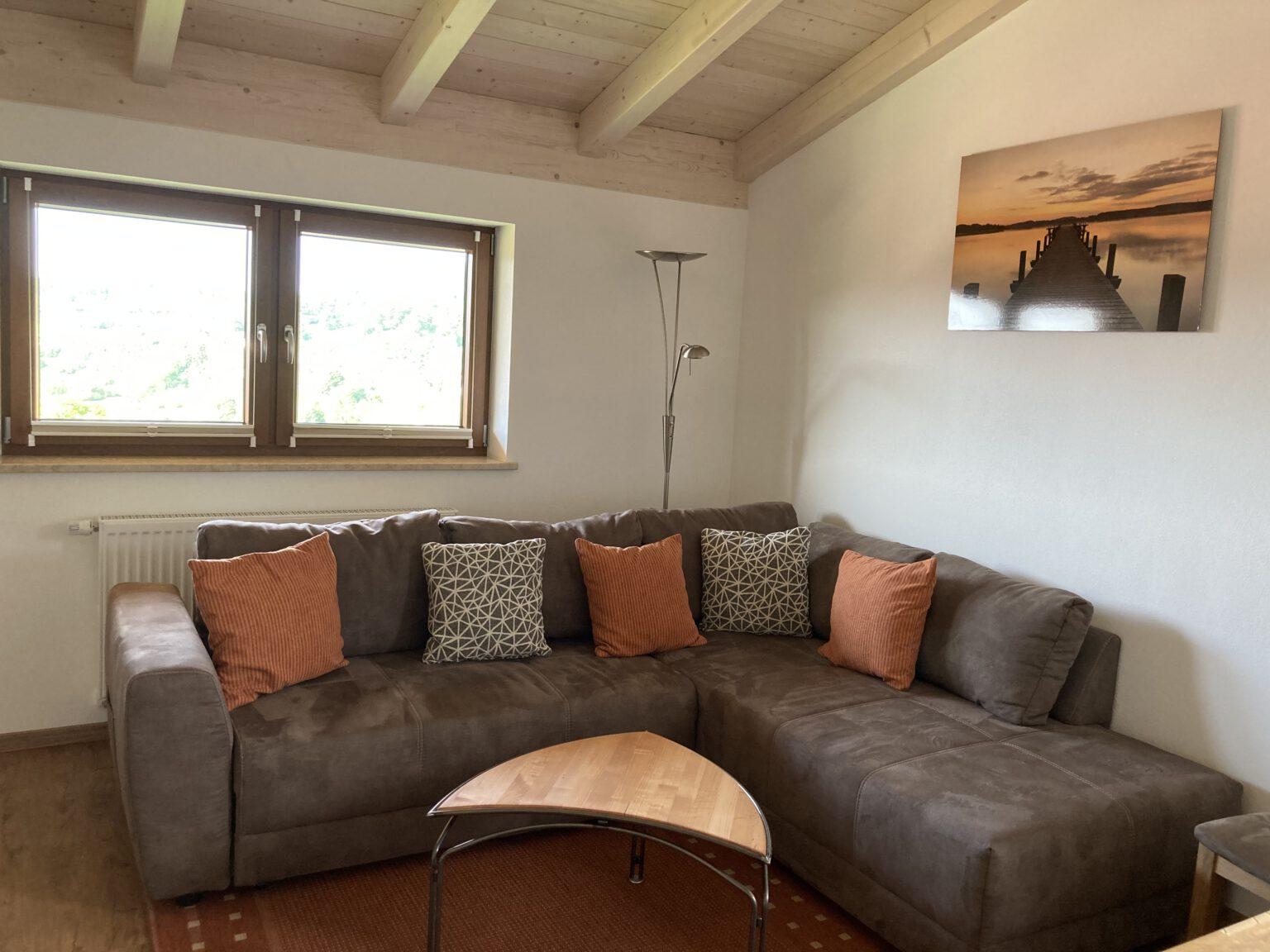 Wohnzimmer mit Schlafcouch, Ferienwohnungen Sankt Englmar